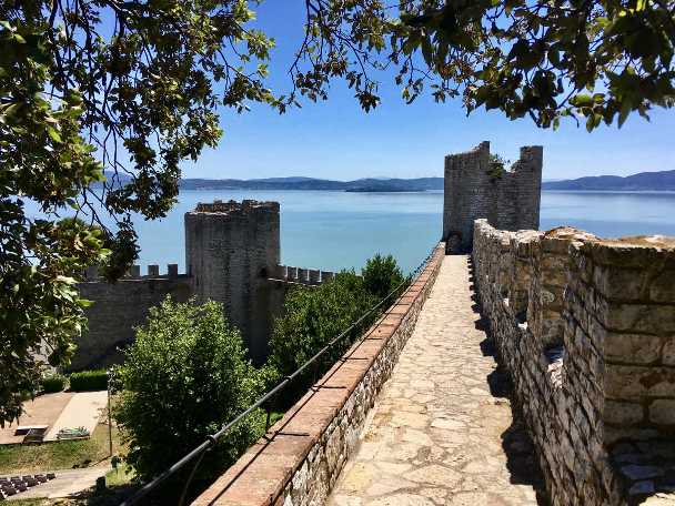 Umbria tour in Italy - Lake Trasimeno